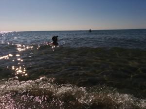 Glücklich am Strand