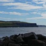 Blick auf die Cliffs of Moher von Doolin aus